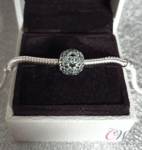 Green Four-Leaf Clover Shamrock Glass .925 Sterling Silver European Bead Charm